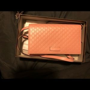 Gucci wallet bag